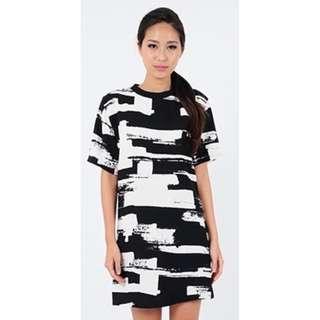 INSTOCK // Monochrome Shift Dress