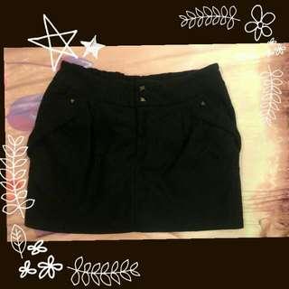冬季材質 黑色短裙