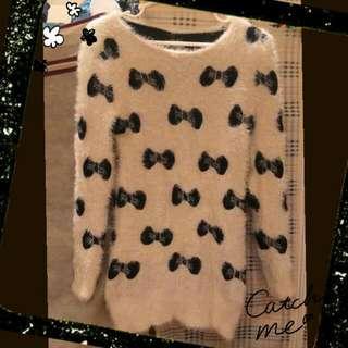 米白色 黑色蝴蝶結海毛衣