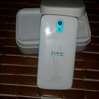 HTC. D526h. 双卞双待 4g. 保同内
