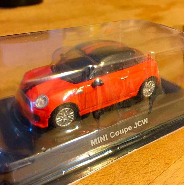 紀念版汽車模型玩具