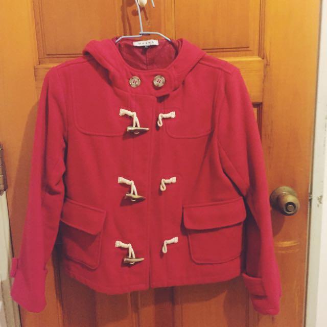 紅紅ㄉ牛角扣外套
