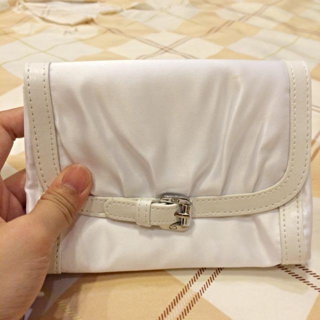 (全新)Dior白色化妝包(含運)
