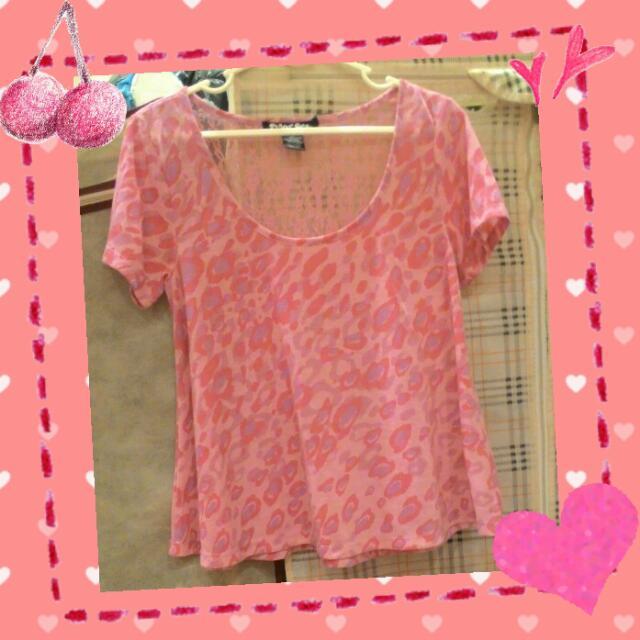 粉色豹紋款版短T