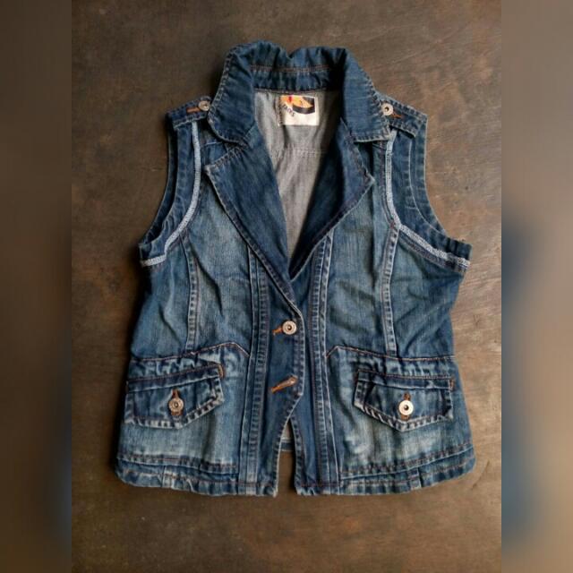 usegood vest jeans