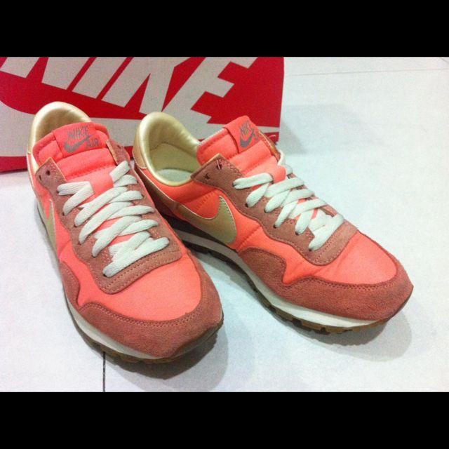 近9成新美品 Nike Air Pegasus 83 wmns