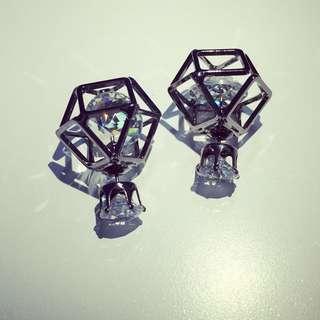 時尚鏤空前後兩用鑽石耳環 - 嗆黑