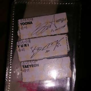 <VERY RARE>SNSD Vita500 Autograph
