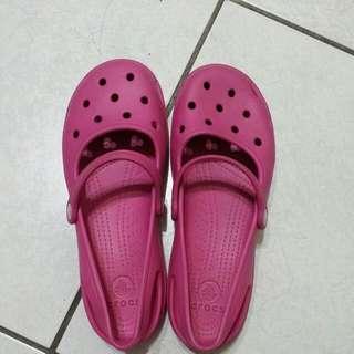 crocs鞋