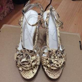 Aso花朵高跟鞋 #五百元好女鞋