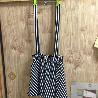 [含運] 黑白條紋雪紡吊帶裙