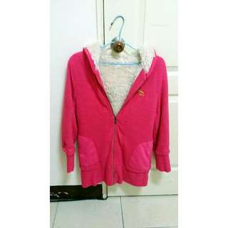 桃紅保暖大衣