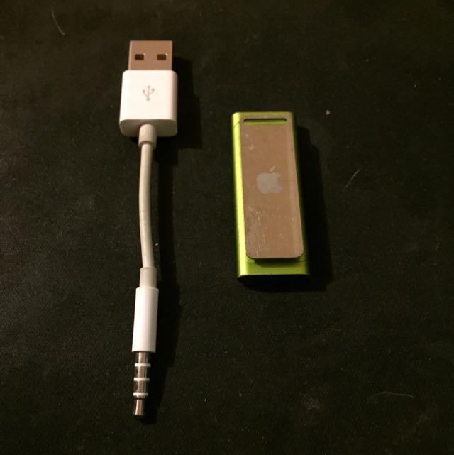 3rd Gen Apple iPod Shuffle