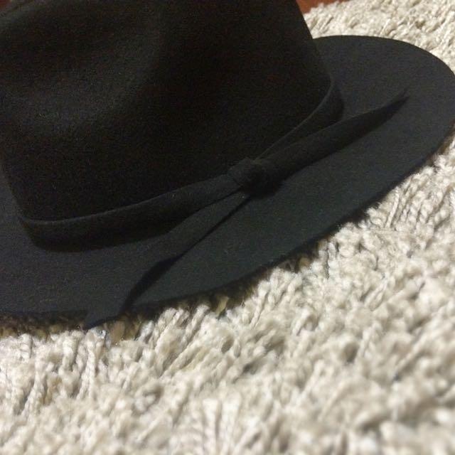 黑色大帽沿寬帽
