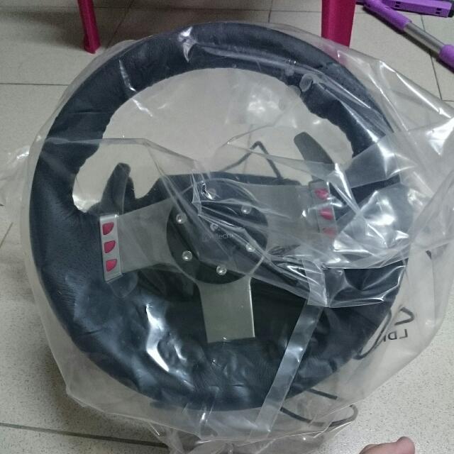 羅技G27方向盤(降價)