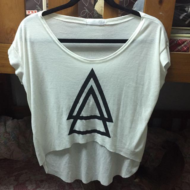 (二手)網拍lulus短袖幾何上衣