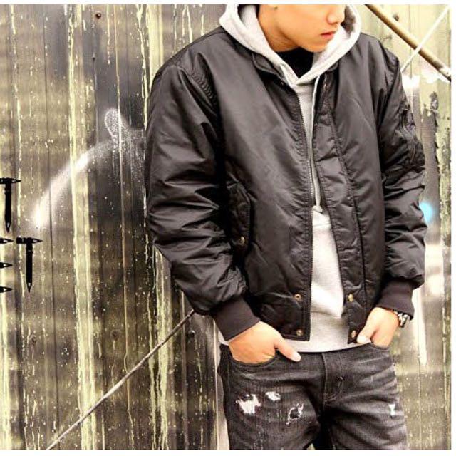 MA-1 Flight Jacket 短版修身內裏鋪棉款式 黑