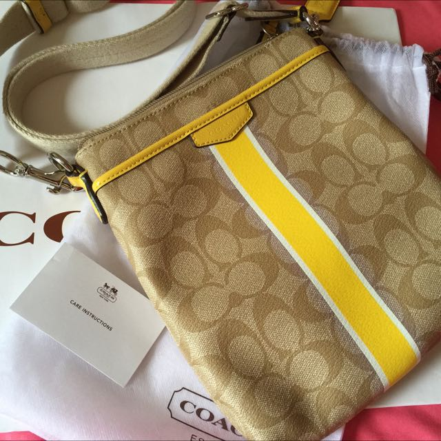 RESERVED!!! PRE ❤ AUTHENTIC COACH SLING BAG 3d17fc25b686a