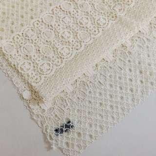 全新 U're 古典蕾絲圍巾