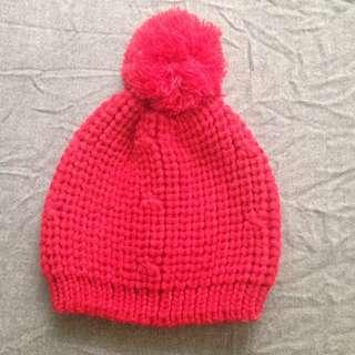 正紅色大毛球針織毛線帽