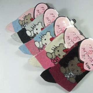 女款 秋冬新款卡通羊毛襪 (一組3雙)