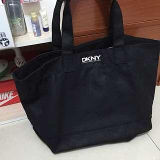 DKNY手提袋(保留)
