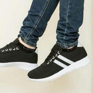 9889女生休閒鞋  黑色帆布鞋(超輕)