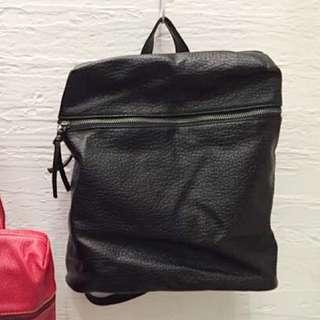 韓國 時尚簡約荔枝紋皮質後背包
