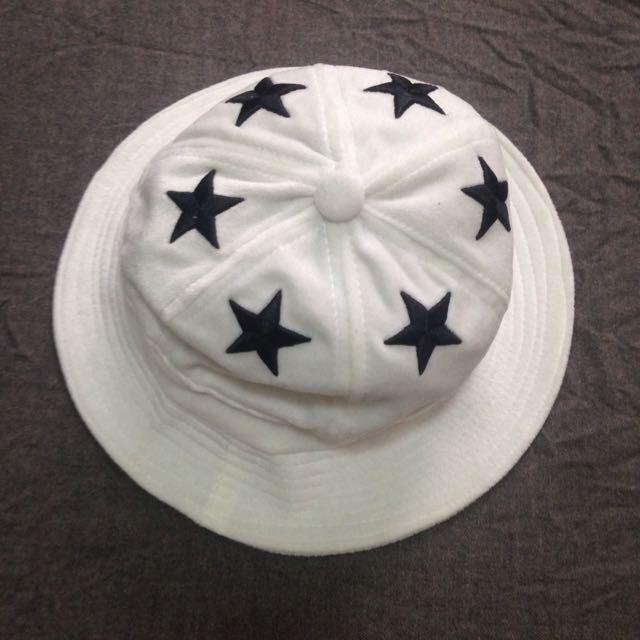 毛巾布大星星刺繡圓帽