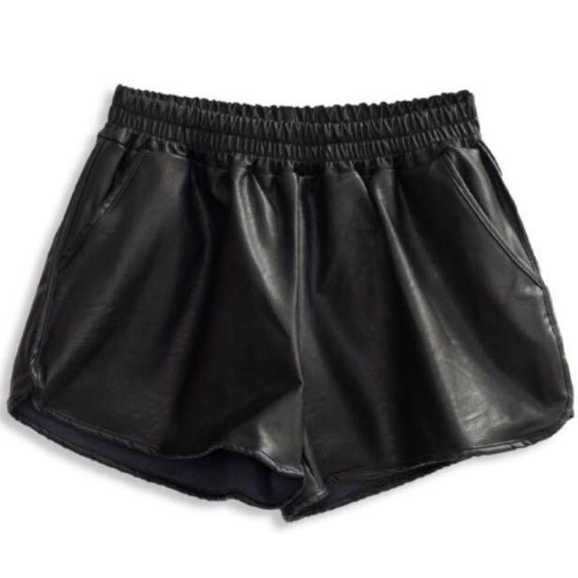 韓國直送-百搭造型帥氣皮短褲