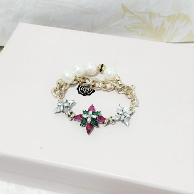 • 精緻花朵寶石針織雙層手鍊 •