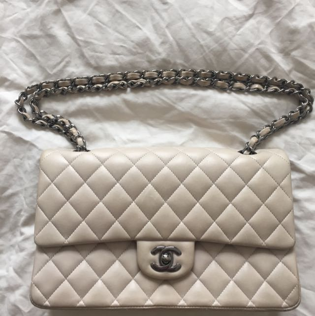 ef6e96872166 Authentic Chanel Classic Double Flap Medium Bag Not Jumbo, Luxury on ...