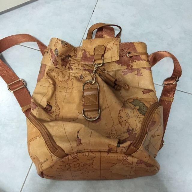Brand new backpack worldmap design womens fashion on carousell photo photo photo photo photo gumiabroncs Image collections