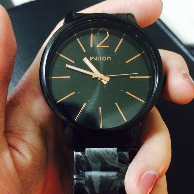 特賣免運只有一支!ck款立體鏤空鏡面手錶