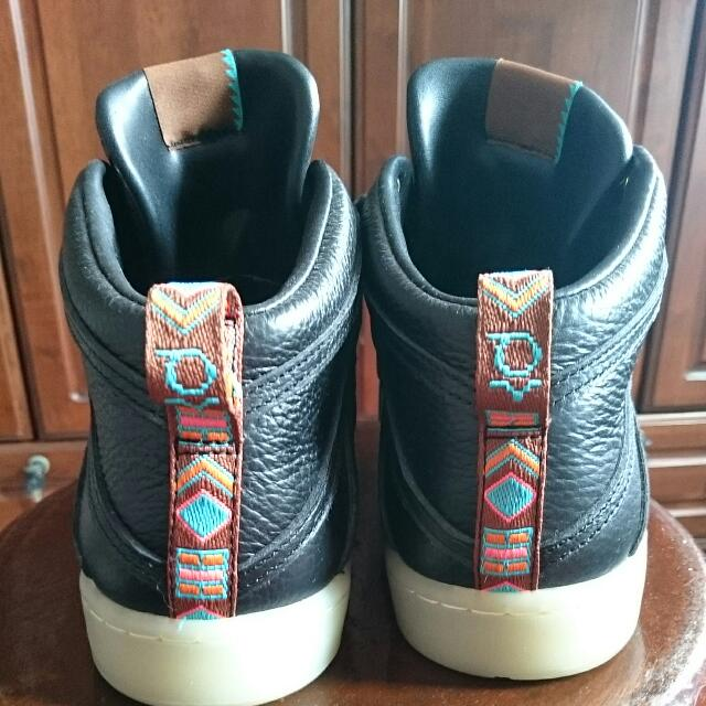 632bb2f3e3b4 Authentic Nike Kevin Durant Lifestyle Shoes Size US 10 UK 9