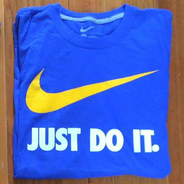 Nike Mens Tee SOLD