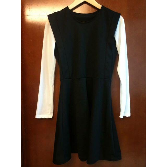 STARMIMI黑色厚棉質x白雪紡袖假兩件洋裝