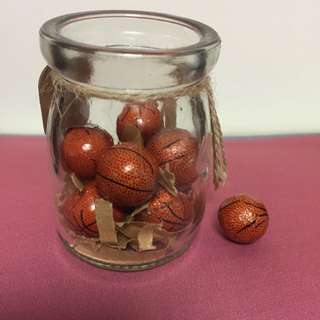 籃球、棒球造型巧克力(含罐、鐵盒)