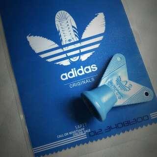 Adidas STUDS OPENER