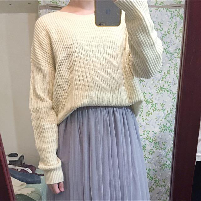 圓領針織毛衣 米白色