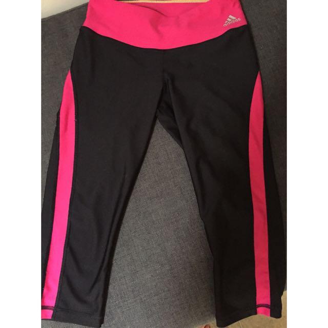 Adidas 3/4 Gym Leggings XS Suit Size 8-10