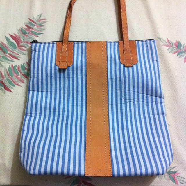 blue blazter bag