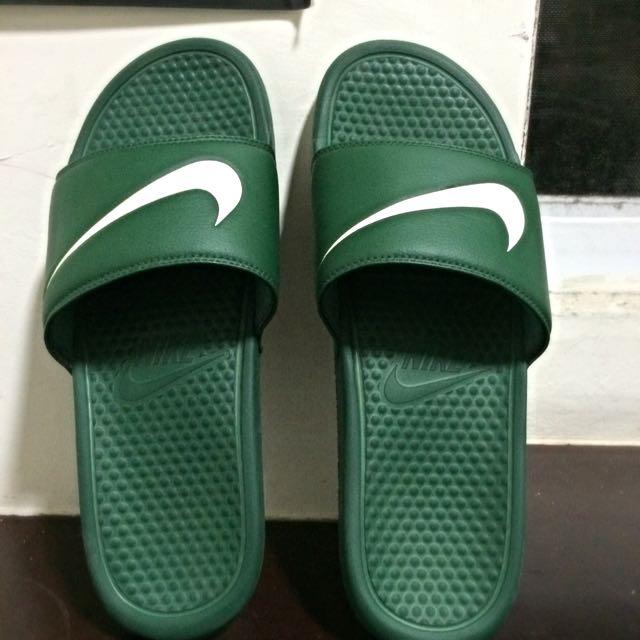 Nike拖鞋。 軍綠。30cm.