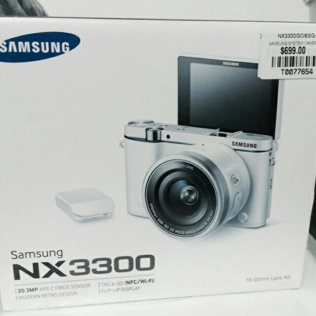samsung nx3300  brand new  full retail set  letting go at 500 . nego .  include delivery