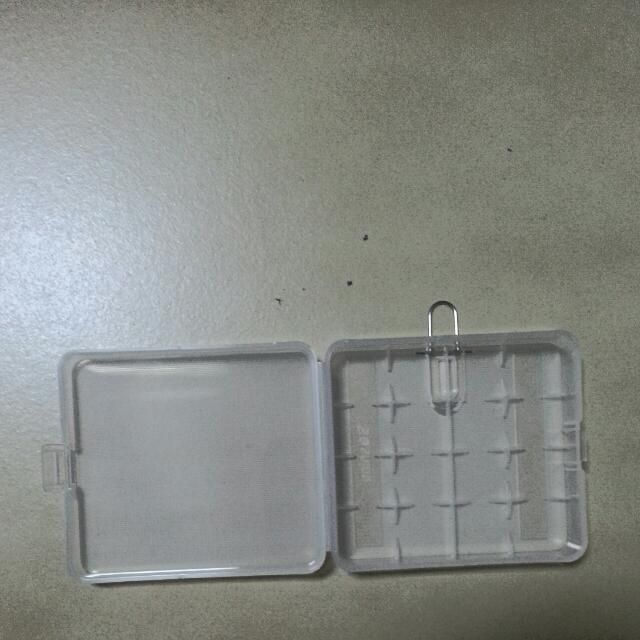 Sturdy 4 18650 or 8 16340/CR123 Battery Case.