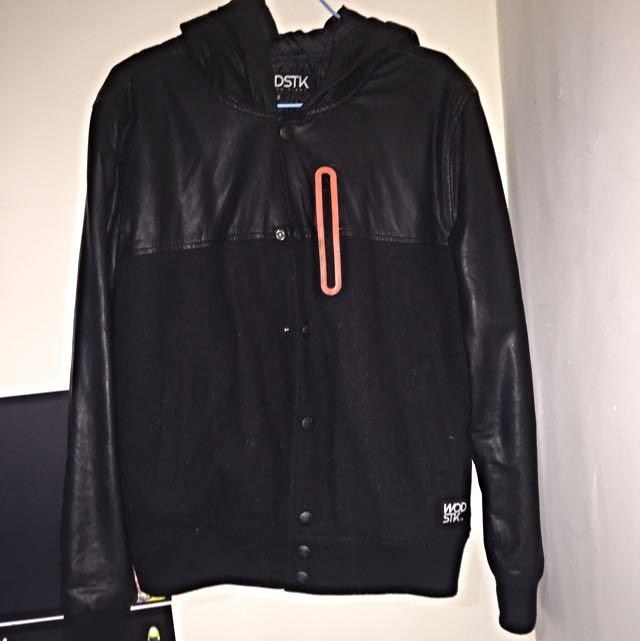 Wodstk 保暖黑色皮外套 保存良好