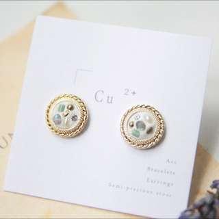 手工珠寶盒耳環 /古董松與光譜石