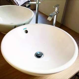 Used Basin + Stainless Steel Design Water Tap