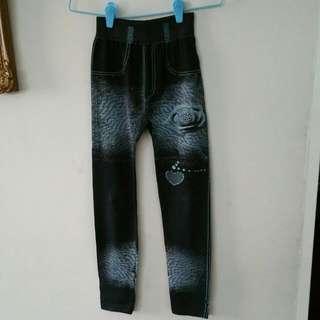 Black Prints Legging Pants