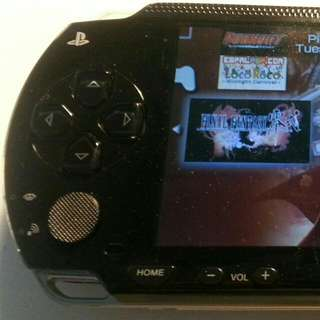 Pre-owned Sony PSP 1000 Black color fully modded with 4GB memory card